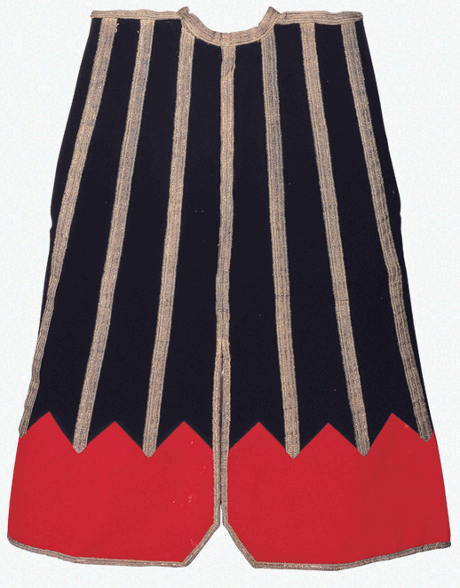 2 Jinbaori surcoats owned by the successive lords of the Sendai domain (Black wool jinbaori surcoat with red mountains motif owned by DATE Masamune)